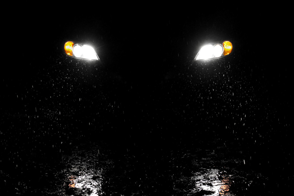 car headlights in the dark