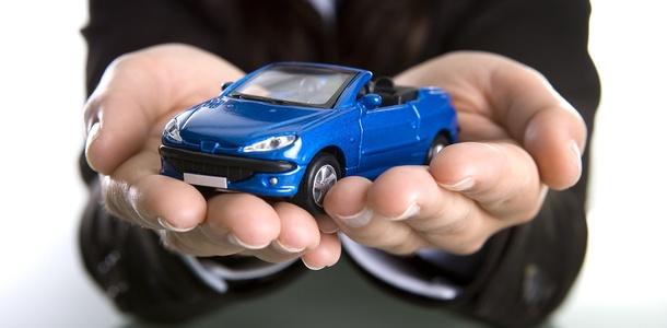 toy blue car
