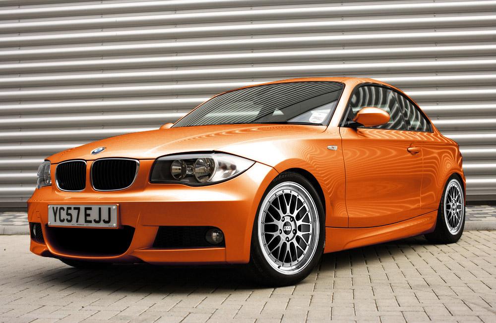 inka orange car