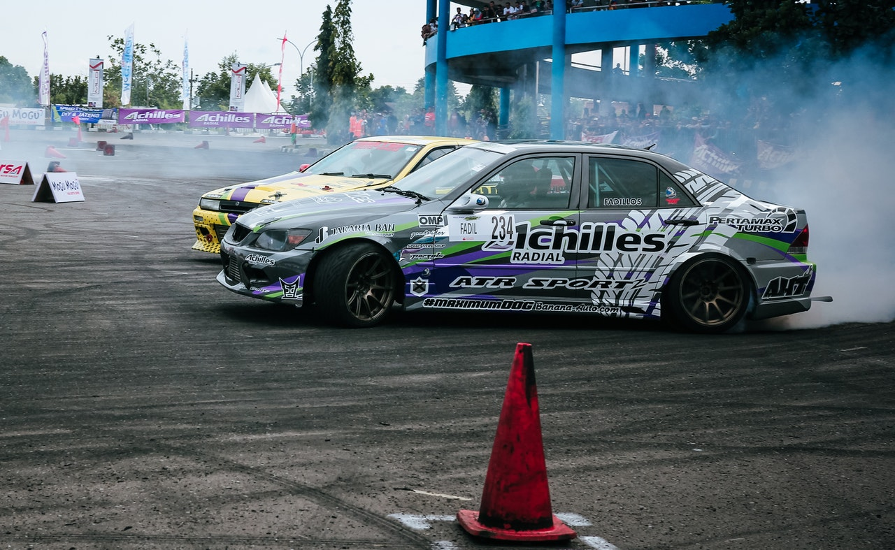 Racing 101: Controlling Oversteer