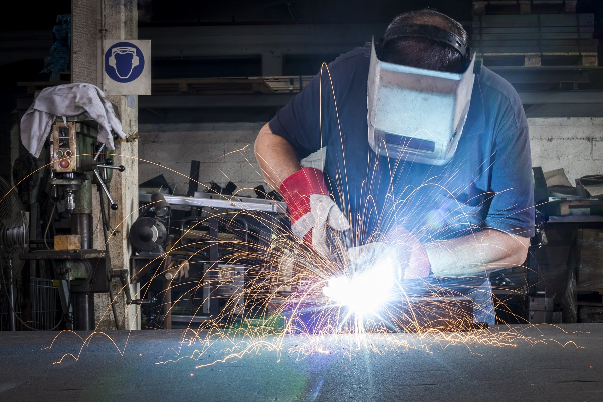 4 Industries That Use Metal Fabrication